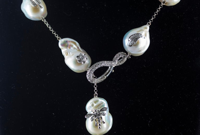 Art Nouveau 1.75 Carat White Diamond Pearl White Gold Beaded Drop Necklace For Sale 2
