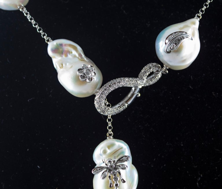Art Nouveau 1.75 Carat White Diamond Pearl White Gold Beaded Drop Necklace For Sale 3