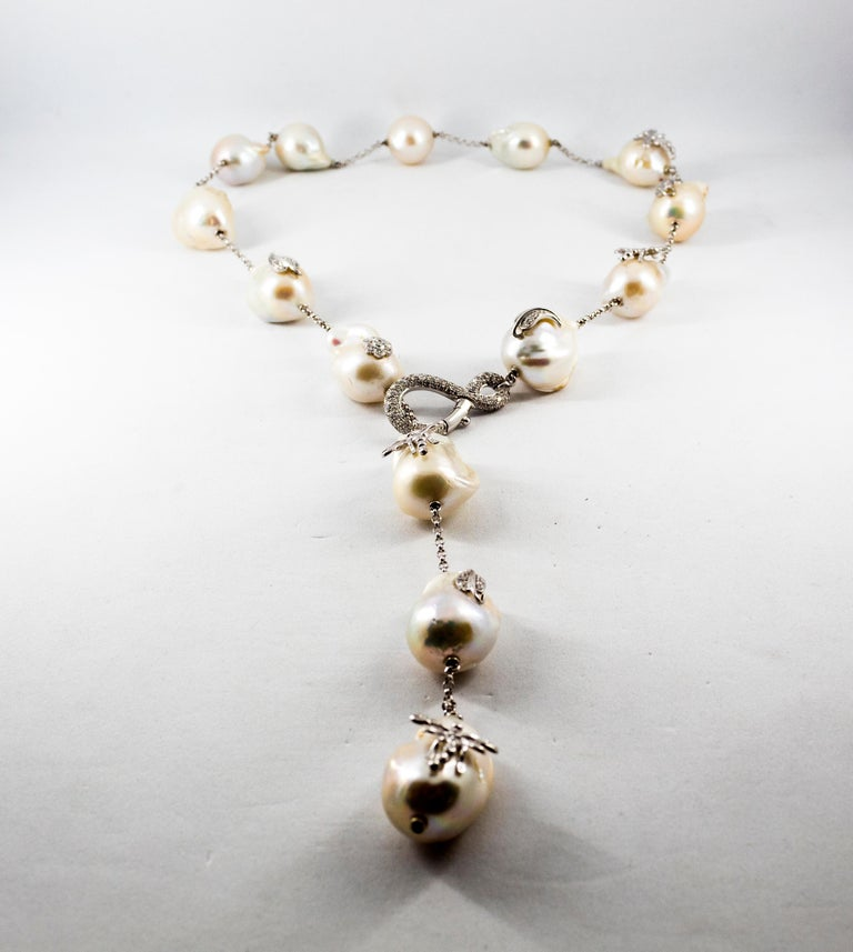 Art Nouveau 1.75 Carat White Diamond Pearl White Gold Beaded Drop Necklace For Sale 5