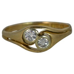 Art Nouveau 18 Carat Gold and Diamond Twist Toi et Moi Ring