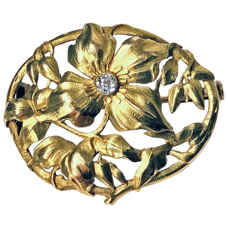 Art Nouveau 18 Karat Diamond Brooch, circa 1900 For Sale