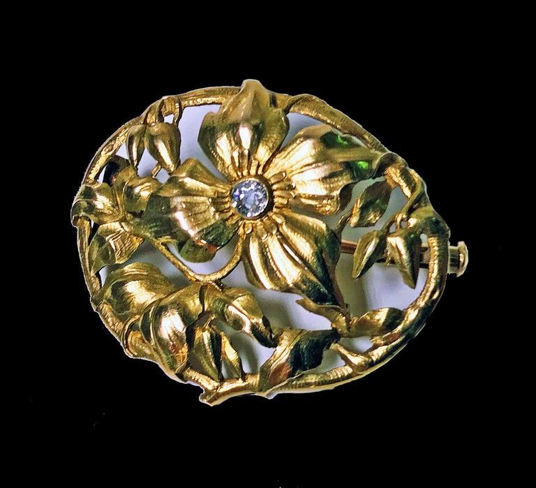 Women's or Men's Art Nouveau 18 Karat Diamond Brooch, circa 1900 For Sale