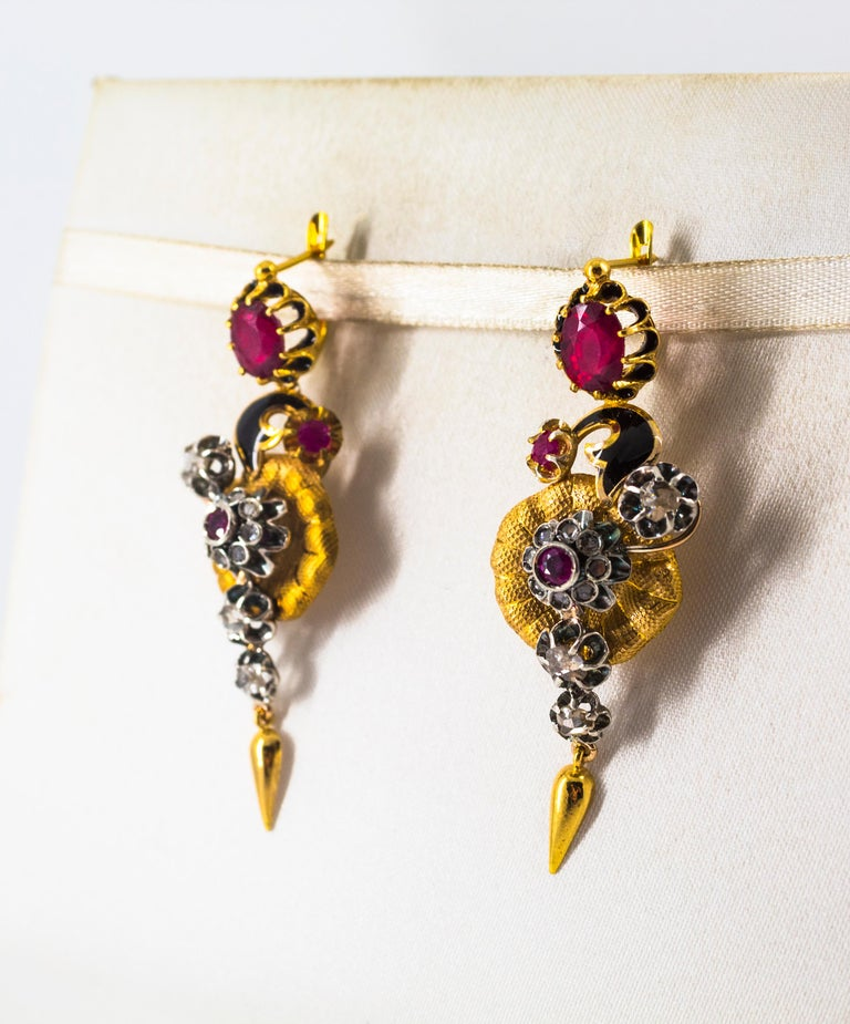 Art Nouveau 4.10 Carat White Rose Cut Diamond Ruby Yellow Gold Flowers Earrings In New Condition For Sale In Naples, IT
