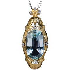 Art Nouveau Antique 20 Carat Aquamarine Diamond Gold Pendant