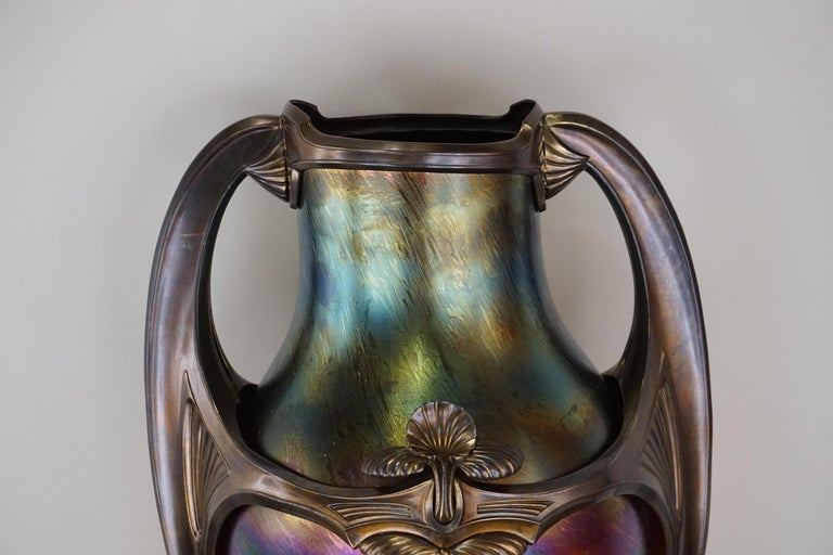 Art Glass Art Nouveau/Art Deco Large Loetz Glass Vase with Patinated Bronze Finished Base For Sale