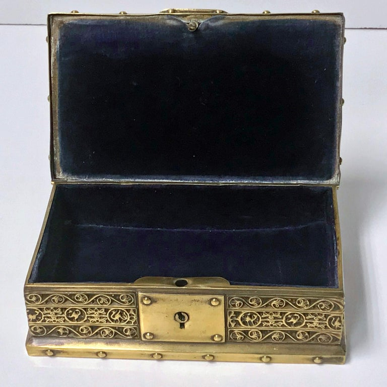 Art Nouveau Brass Jewelry Box, Germany circa 1920 Erhard & Söhne In Good Condition For Sale In Toronto, ON