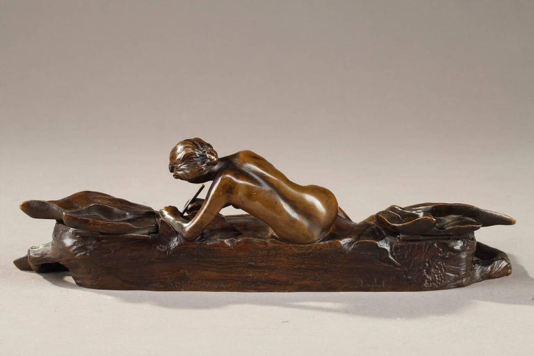 Art Nouveau Bronze Sculpture and Inkwell by Karl Korschann In Good Condition For Sale In Paris, FR