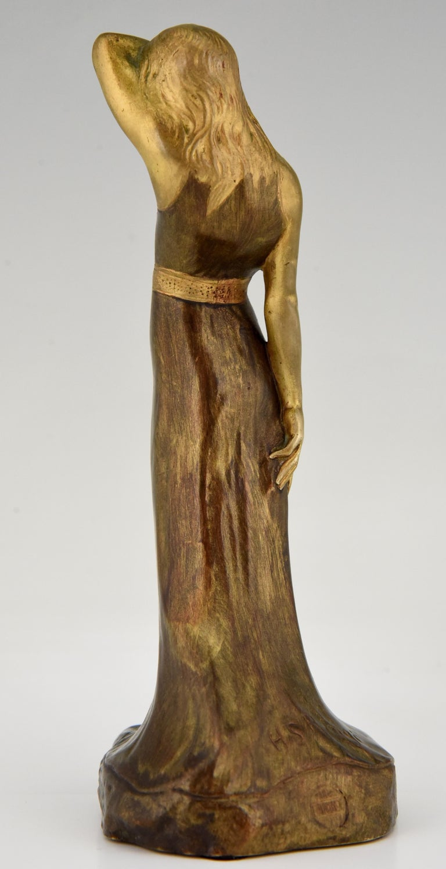 Patinated Art Nouveau Bronze Sculpture Lady Sarah Bernhardt Harald Sorensen Ringi, 1899 For Sale