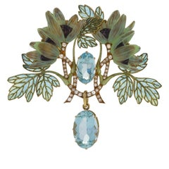 Art Nouveau Brooch with Aquamarine, Diamond and Plique-à-Jour Enamel by Lalique