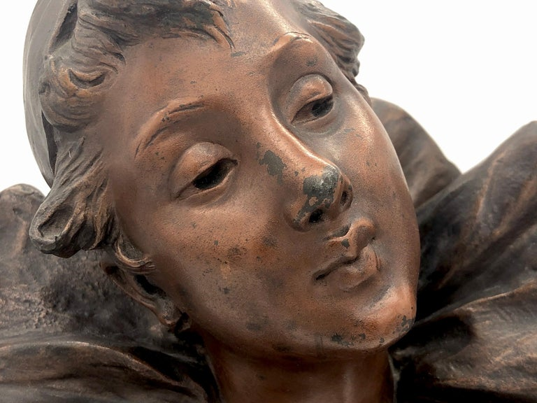 French Art Nouveau Bust of a Pierrette Female Pierrot For Sale