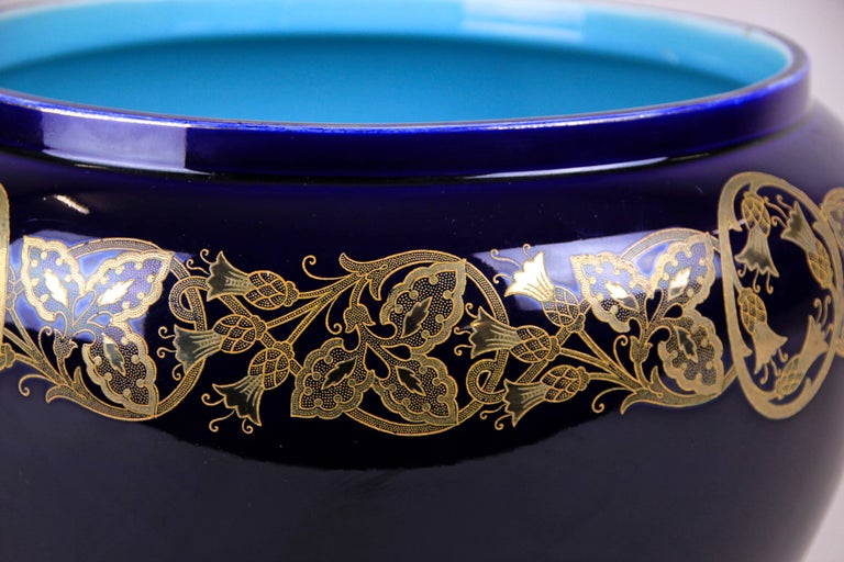 20th Century Art Nouveau Cachepot by Sarreguemines, France, circa 1915 For Sale