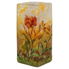 Art Nouveau Cameo Vase with Red Flowers Decor, Daum Nancy, France, 1900/05