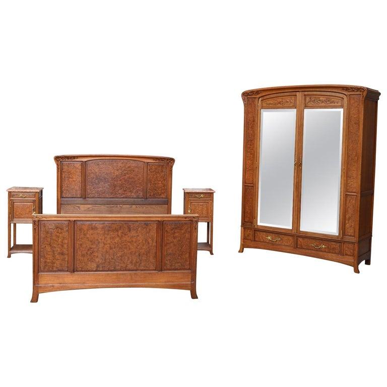 Art Nouveau Walnut 3 Piece Bedroom Suite: Art Nouveau Carved Bedroom Set, Attributed To Louis