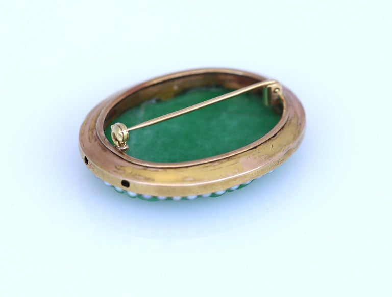 Art Nouveau Carved Jade Natural Pearls Erotic Russian Brooch, 1900 For Sale 1