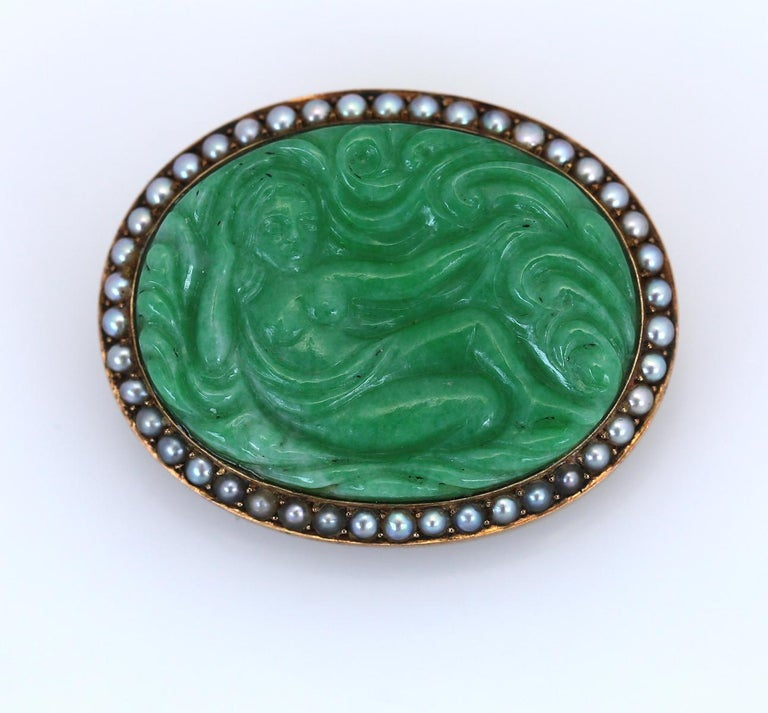 Art Nouveau Carved Jade Natural Pearls Erotic Russian Brooch, 1900 For Sale 3