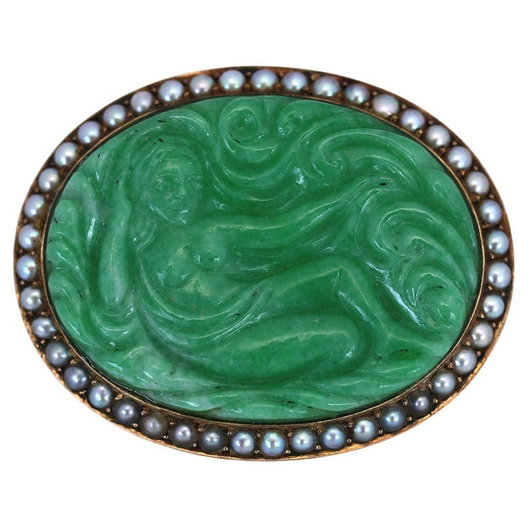Art Nouveau Carved Jade Natural Pearls Erotic Russian Brooch, 1900 For Sale
