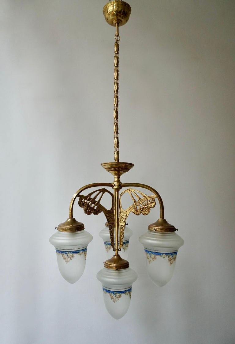 Hollywood Regency Art Nouveau Chandelier in Painted Glass and Brass For Sale