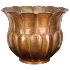 Art Nouveau Copper Planter or Cachepot Hammer Finished, Austria, circa 1910