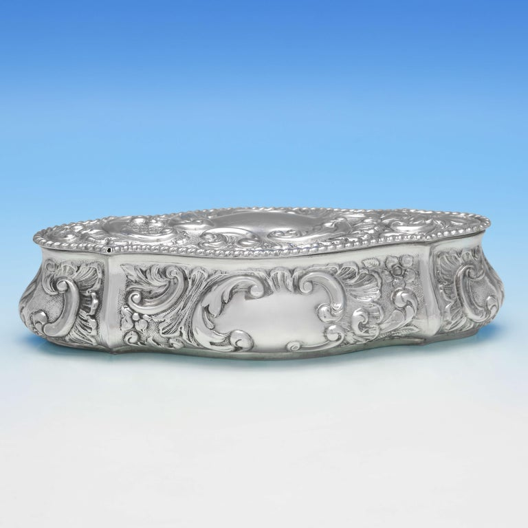 English Art Nouveau Edwardian Antique Sterling Silver Trinket Box from Chester, 1904