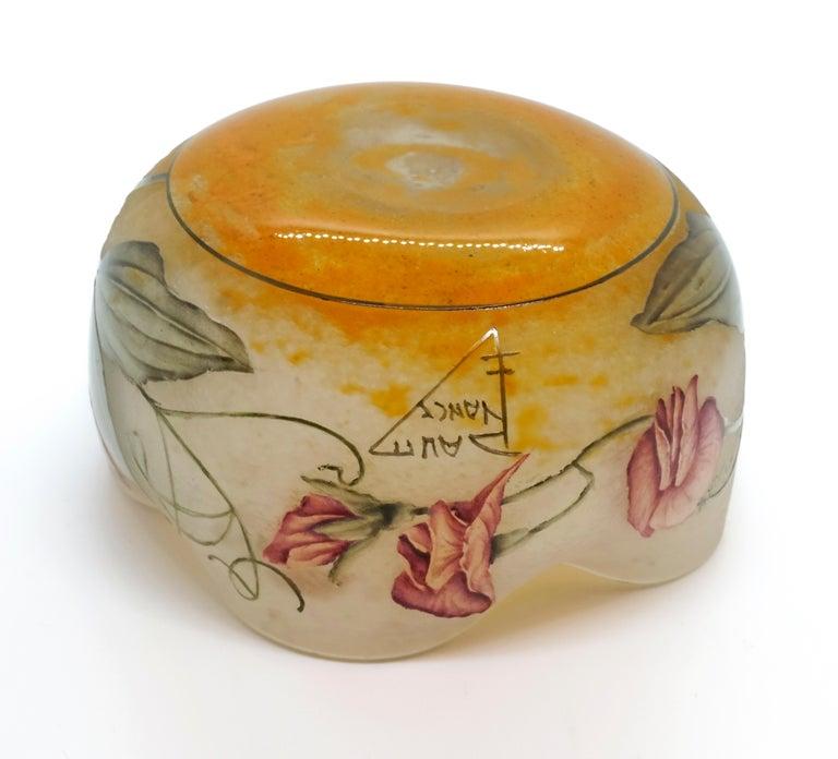 Glass Art Nouveau Flower Bowl with Sweet Pea Decor, Daum Nancy, France, 1900-1905 For Sale