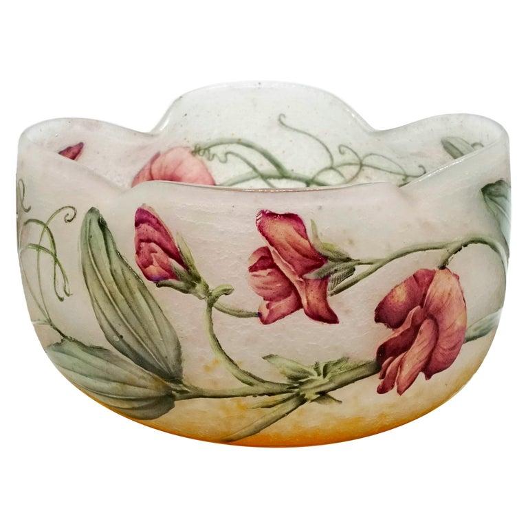 Art Nouveau Flower Bowl with Sweet Pea Decor, Daum Nancy, France, 1900-1905 For Sale
