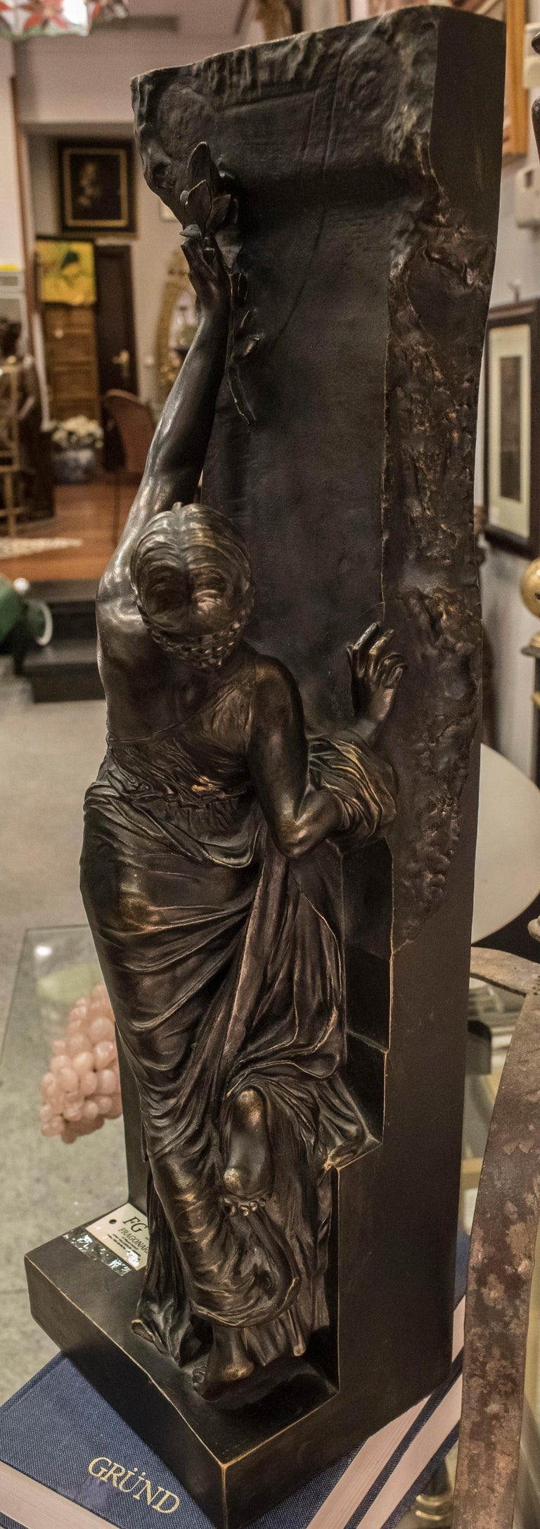 Art Nouveau French Bronze Female Sculpture, circa 1910 For Sale 10