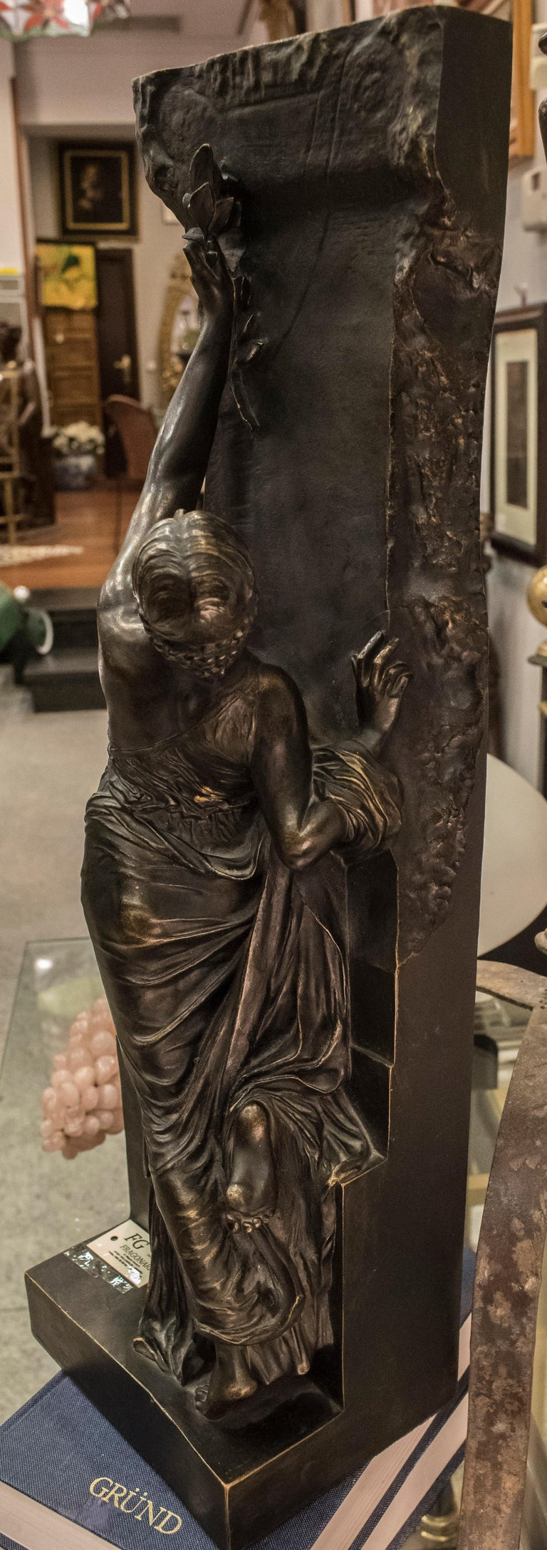 Art Nouveau French Bronze Female Sculpture, circa 1910 For Sale 11