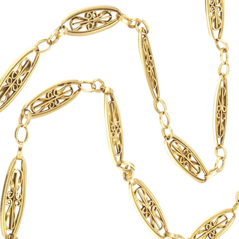 Women's or Men's Art Nouveau French Yellow Gold Chain Necklace For Sale