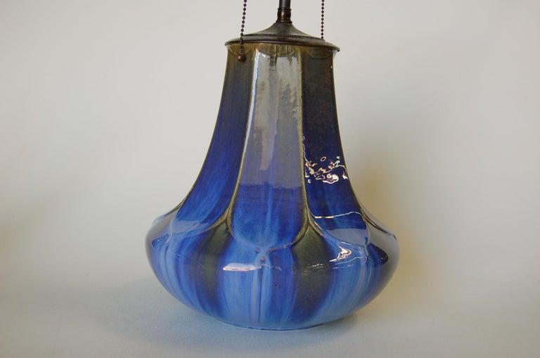 North American Art Nouveau Fulper Style Pottery Taple Lamp w/ Bronze Hardware For Sale