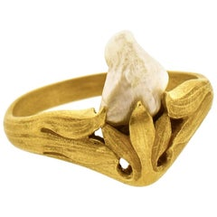 Art Nouveau Gold and Natural Freshwater Pearl Ring, circa 1900