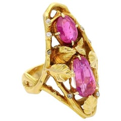 Art Nouveau Gold and Pink Sapphire Ring of Naturalistic Foliate Design