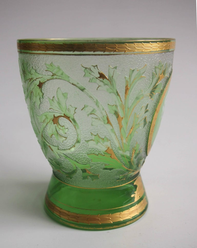 Art Nouveau Helmet Cameo Vase by Riedel In Excellent Condition For Sale In London, GB