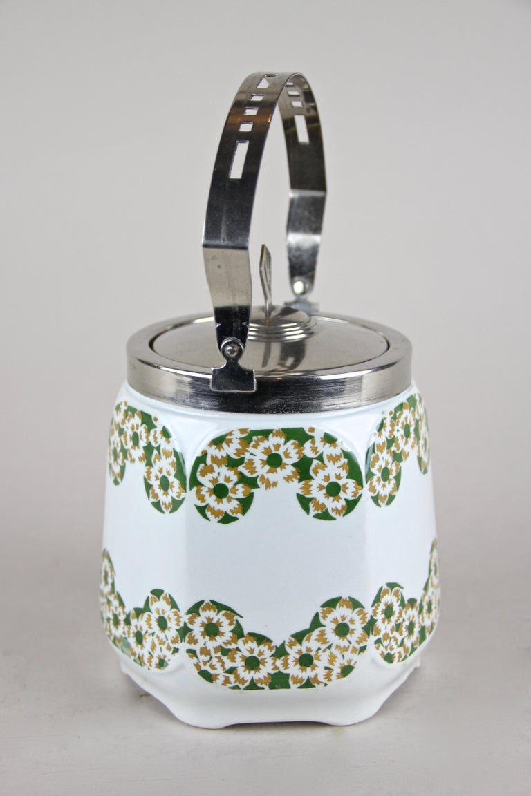 Austrian Art Nouveau Lidded Ceramic Jar, Austria, circa 1915 For Sale
