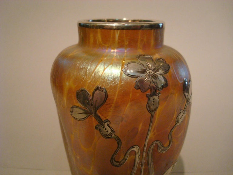 Art Nouveau Loetz Iridescent Glass Vase with Silver Overlay For Sale 4