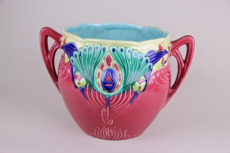 Hand-Painted Art Nouveau Majolica Cachepot Marked, France, circa 1910 For Sale