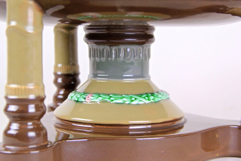 Art Nouveau Majolica Centerpiece Bowl by Eichwald, Bohemia, circa 1910 In Good Condition For Sale In Lichtenberg, AT