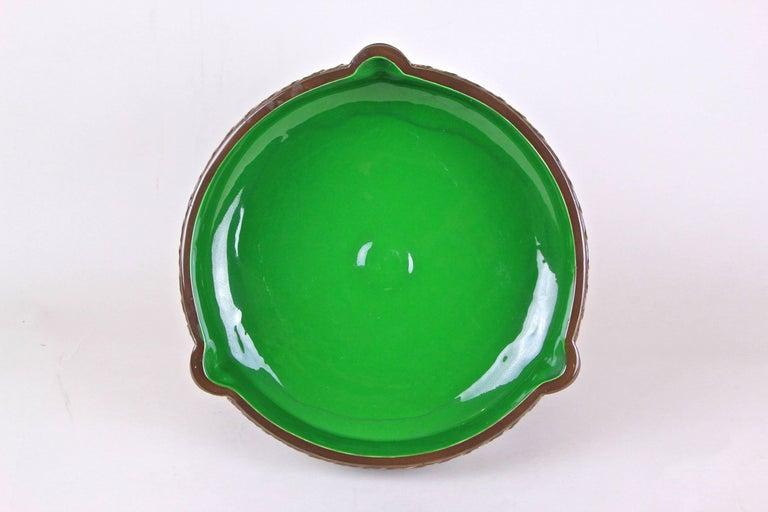 20th Century Art Nouveau Majolica Centerpiece Bowl by Eichwald, Bohemia, circa 1910 For Sale