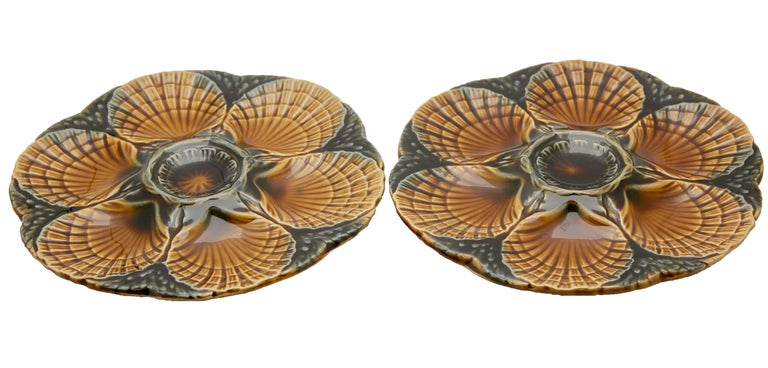 French Art Nouveau Majolica Oyster Plates 'x6' by Sarreguemines For Sale