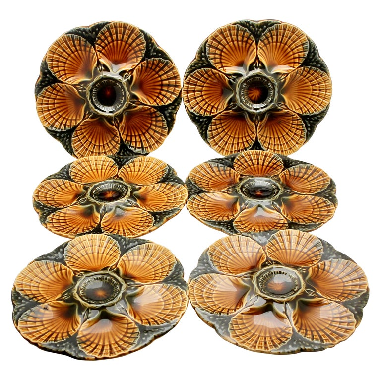Art Nouveau Majolica Oyster Plates 'x6' by Sarreguemines For Sale