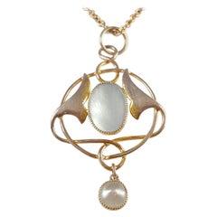 Art Nouveau Murrle Bennett & Co 9 Karat Gold and Pearl Pendant with Chain