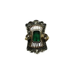 Art Nouveau Natural Emerald Rose Cut Diamonds 14 Karat Yellow Gold Ring