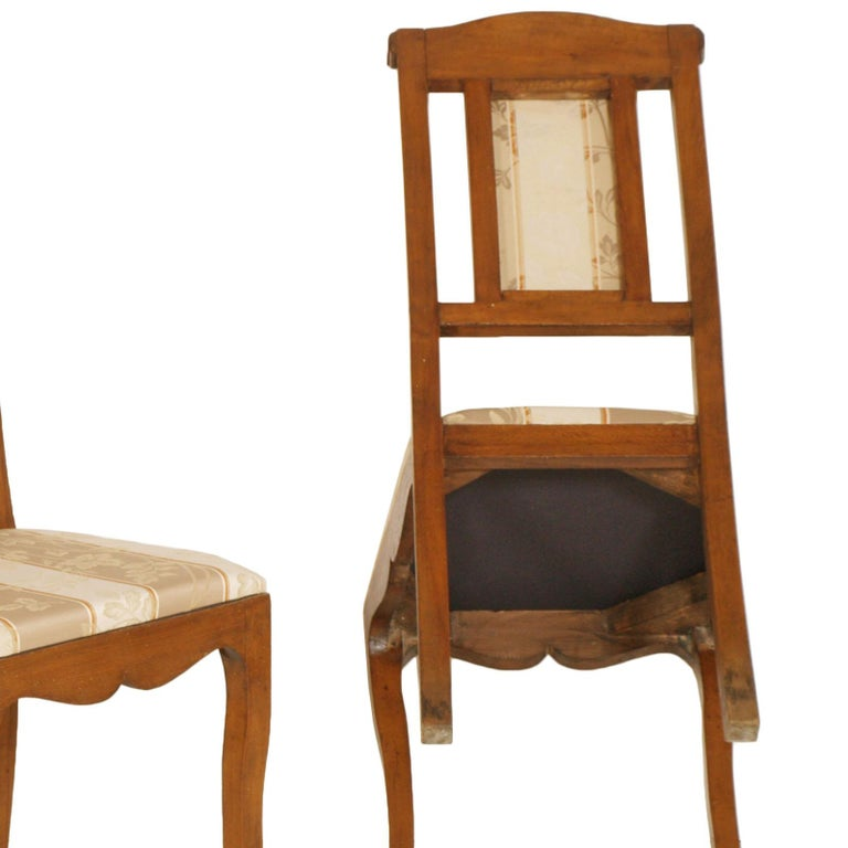 Art Nouveau Pair of Side Chairs in Walnut, Restored, New Upholstered For Sale 2