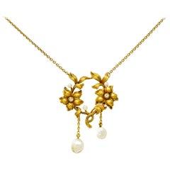 Art Nouveau Pearl Diamond 18 Karat Yellow Gold Floral Necklace