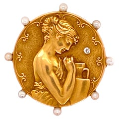 Art Nouveau Pearl Diamond 18 Karat Yellow Gold Greek Goddess Brooch Pin Pendant