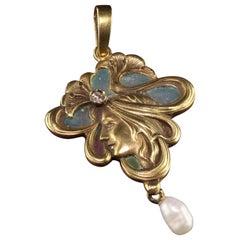 Art Nouveau Plique a Jour 14 Karat Yellow Gold Diamond Pearl Enamel Pendant