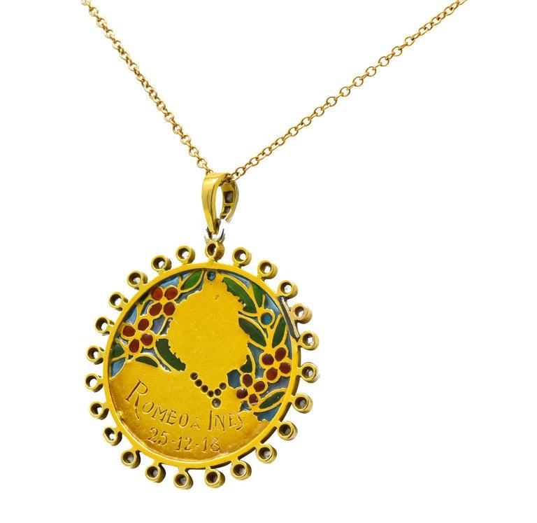 Art Nouveau Plique-à-jour Enamel Diamond Platinum 18 Karat Gold Portrait Pendant For Sale 3
