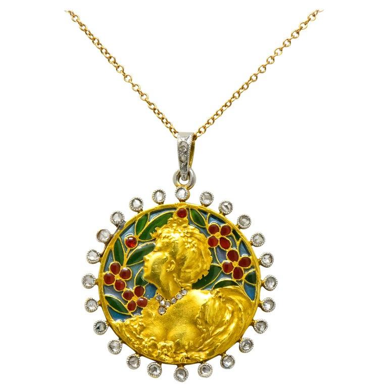 Art Nouveau Plique-à-jour Enamel Diamond Platinum 18 Karat Gold Portrait Pendant For Sale