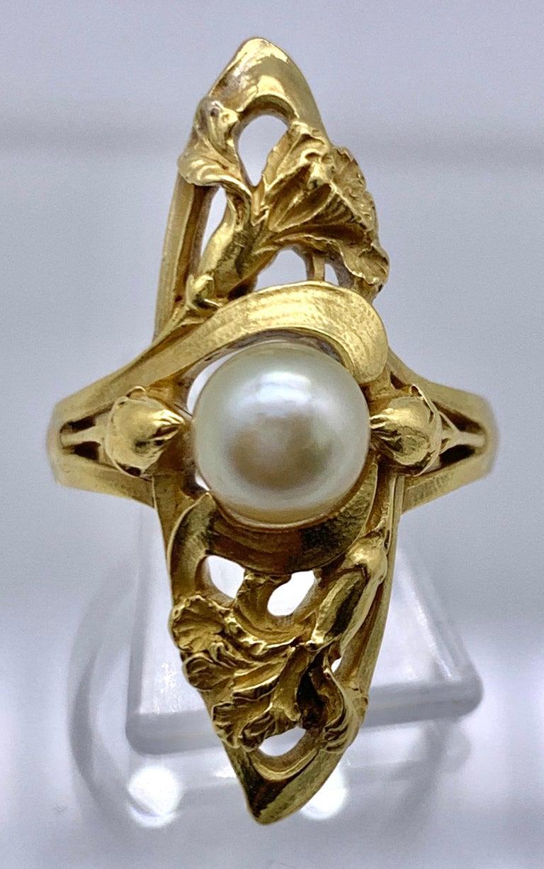 Women's Art Nouveau Ring Iris Flower Buds 18 Karat Yellow Gold Oriental Pearl France For Sale