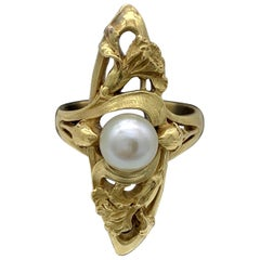 Art Nouveau Ring Iris Flower Buds 18 Karat Yellow Gold Oriental Pearl, France