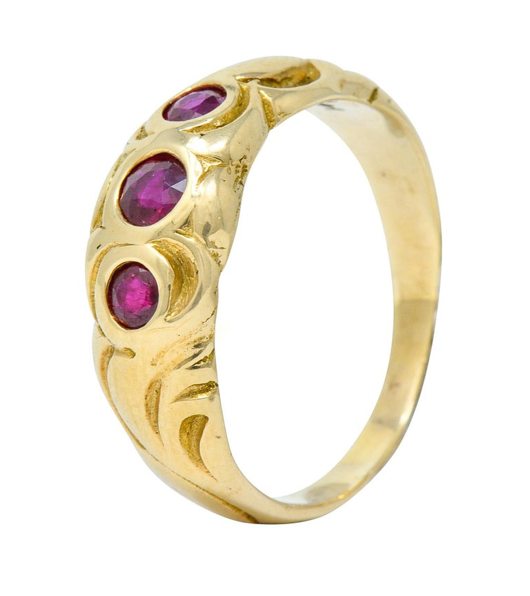 Art Nouveau Ruby 14 Karat Gold Three-Stone Band Ring For Sale 4